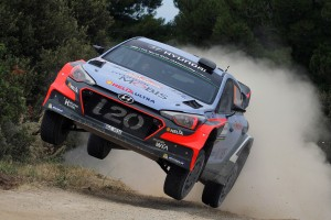 Car-20-T.-Neuville-N.-Gilsoul-Hyundai-New-Generation-I20-WRC-19